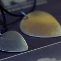 PICI Gitárpengető - Alpakka gitár pengető, Ékszer, Nyaklánc, Medál, Gitár pengető. Ez az eredeti gitár pengető, ideális ajándék karácsonyra, vagy bármilyen más alkalomr..., Meska