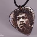 Jimi Hendrix gitár pengető  - vörösréz gitár pengető, Ékszer, Nyaklánc, Medál, Jimi Hendrix gitár pengető,  ideális ajándék gitárosoknak és gitár rajongóknak! Különösen szép ajánd..., Meska