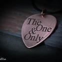 The One and Only  - vörösréz gitár pengető - idézetes ékszer, Férfiaknak, Esküvő, Esküvői ékszer, Rusztikus idézetes fém gitárpengető medál. The One and Only  - feliratos ékszer.  Ha más szöveget sz..., Meska
