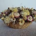 Tavaszi virágkosár, Dekoráció, Otthon, lakberendezés, Dísz, Asztaldísz, Szárazvirágokból készült virágkosár.  Méretei:  Hosszúság: kb. 24 cm Szélesség: kb. 20 cm Magasság: ..., Meska