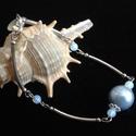 Kék tekla és opalit gyöngyös karkötő, Ékszer, Karkötő, Nagy kék tekla golyóból készült a karkötő opalit golyók és szerelő pálcák felhasználás..., Meska