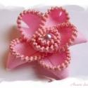 Cipzár bross Tundi számára, Kb. 6 cm átmérőjű virág alakú bross cipzárb...