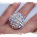 Madame Dupont kristály színű, félgömb gyűrű , Élőben nagyon mutatós, csilli-villi gyűrű, am...