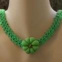 Zöld a föld - Horgolt nyaklánc, A nyaklánc alapja horgolással készült, 55 cm h...
