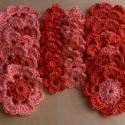 Virágoskert, Pamutból készült virágok a barackrózsaszín k...
