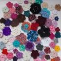 Virágcsokor 3., Dekoráció, Ruha, divat, cipő, Dísz, 70 db különböző színű virág.  Felvarrhatod ruhára, kabátra, táskára, egyébre. Készíthetsz belőle töb..., Meska
