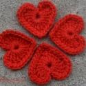 Kicsi szívem, Aprócska piros szíveket horgoltam. 3,5 x 3,5 cm ...