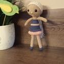 Hanna baba, Gyerek & játék, Horgolás, Hanna baba amigurumi horgolási technikával készült, 100% akril fonalból. Szemei biztonsági szemek. ..., Meska
