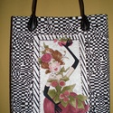 Csajos táska, Táska, Szatyor, Varrás, 27 cm széles, 34 cm magas, 7 cm talpszélességű, igazi pakolós táska. Belül víztaszító hátizsákvászo..., Meska