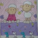Babaágynemű , Baba-mama-gyerek, Játék, Baba-mama kellék, Gyerekszoba, A takaró és a párna 3 rétegből áll,felül bárány mintás pamutvászon,középen vatelin ,alu..., Meska