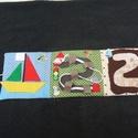 Csendeskönyv, Baba-mama-gyerek, Játék, Baba játék, Készségfejlesztő játék, Könyv 14,5 x 42 cm nyitott állapotban.    A könyv tartalma:  1.oldal: A hajó alkatrészeit lehet..., Meska