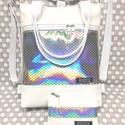 4in1 hátizsák univerzális rohangálós táska neszivel, Táska, Divat & Szépség, Egyéb, Táska, Hátizsák,   Fehér textilbőrből készült táska, neszivel,halpikkelymintás színjátszó hologramos textilbőr díszít..., Meska