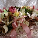 Tavaszi mályva asztaldísz, Otthon, lakberendezés, Dekoráció, Anyák napja, Asztaldísz, Kedves rózsaszín árnyalatokban készült ez az asztaldísz. Telis-tele minden széppel. Anyák na..., Meska