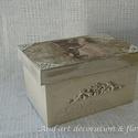 Vintage doboz , Dekoráció, Otthon, lakberendezés, Tárolóeszköz, Doboz, Szerettem volna egy régi kopott vintage fényképtartó dobozt készíteni, melyen már alig látsz..., Meska