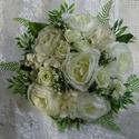 Menyasszonyi csokor üde hófehérben..., Esküvő, Esküvői csokor, Hófehér kézben kötött menyasszonyi csokrot készítettem.Gyönyörű élethű, minőségi selyemvirágokból, m..., Meska