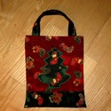 Karácsonyi ajándéktáska, Táska, Dekoráció, Karácsonyi, adventi apróságok, Ajándékzsák, Pamutvászon anyagból varrtam ezt a táskát az eldobható papír ajándéktartók helyett. Használható aján..., Meska