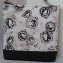 Fehér fejes santoro táska, Táska, Válltáska, oldaltáska, Desinger minőségi pamutvászonból készült.Alján fekete pamutvászonnalkombinálva. Vatelinnel ..., Meska