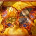 Lepkés selyemkendő vagy falikép, Ruha, divat, cipő, Női ruha, Sok szín és különféle minták találhatók ezen a kendőn. Vidám összhatás, kellemes színek:)  Nyakban h..., Meska