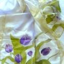 Lila tulipános selyemsál, Ruha, divat, cipő, Női ruha, 40*150 cm-es hosszú selyem sál,melynek két végét lila tulipánok díszítik.A többi rész halvány zöld é..., Meska