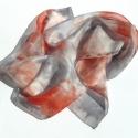 Szürke és piros selyemkendő, Ruha, divat, cipő, Női ruha,  Szürke alapszínen piros foltokkal. Igazán érdekes színösszeállítás.  Mérete 55x55 cm.  Kézzel feste..., Meska