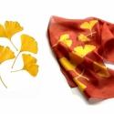 Ginkgo selyem sál, Ruha, divat, cipő, Kendő, sál, sapka, kesztyű, Sál, Rozsdabarnás háttér arany sárga ginkgó levelekkel.  Kézzel festett selyemsál, mérete 40x150 cm.  Kéz..., Meska