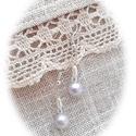 Halványlila elegancia -  fülbevaló, Ékszer, Fülbevaló, Halványlila üvegteklából, áttetsző és gyöngyházfényű fehér gyöngyökből ezüst színű fémszerelékekre f..., Meska