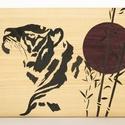 Egyedi Japán stílusú tigris intarzia falikép, Dekoráció, Képzőművészet, Kép, Vegyes technika, Famegmunkálás, A képen látható intarzia már elkelt. Rendelés esetén a kép méretén, színén és formáján is lehet vál..., Meska