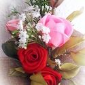 Rózsa örökcsokor, Dekoráció, Otthon, lakberendezés, Csokor, Örökcsokor bármilyen alkalomra  A csokor saját készítéyű szatén rózsakból készült. A szirmokat es le..., Meska
