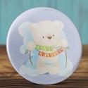 Boldog szülinapot maci kitűző - medve bross - happy birthday - cuki ajándék - szülinap tükör - maci - születésnap, Ruha, divat, cipő, Ékszer, Bross, kitűző, Boldog szülinapot maci kitűző - medve bross - happy birthday - cuki ajándék - szülinap tükör - maci ..., Meska