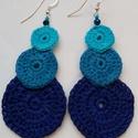 Horgolt fülbevaló,a kék árnyalatai, Horgolással készült és keményített kék fül...