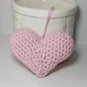 Horgolt rózsaszín szív, Babarózsaszín horgolófonallal készítettem és...