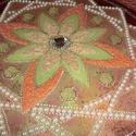 elegans mandala, Dekoráció, Képzőművészet, Esküvő, Vegyes technika, Festett tárgyak, Üvegművészet, Nagyon szép mandala,jó ajándék karácsonyra,szülinapra,névnapra... mérete:30 cm-es üveglapra akril f..., Meska