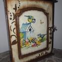 Kulcstartó szekrény nagy madákák, Kulcstartó szekrény nagy madárkás festéssel,p...