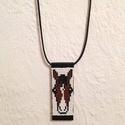 Lovas gyöngy-bőr nyaklánc, Ékszer, óra, Nyaklánc, Lovas gyöngy-bőr nyaklánc  Gyöngyből, valódi bőrből készült nyaklánc a lovak kedvelőinek..., Meska