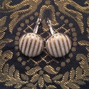 Arany-csíkos bőr fülbevaló, Ékszer, óra, Fülbevaló, Valódi bőrből készített bőr fülbevaló arany-csíkos mintázattal. A fülbevaló francia kapc..., Meska