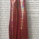 Piros- Irizáló színű  valódi bőr fülbevaló, Ékszer, óra, Fülbevaló, A fülbevaló valódi olasz bőrből készített. Színét tekintve piros, irizáló hatást kelt.  ..., Meska