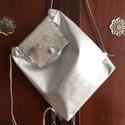 Ezüst valódi bőr hátizsák, exkluzív, Táska, Válltáska, oldaltáska, A táska valódi olasz bőrből készült saját tervezéssel, kivitelezéssel.   Színe: ezüst, két színű bőr..., Meska