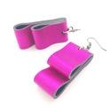 Fényes pink bőr fülbevaló , Ékszer, Fülbevaló, A fülbevaló valódi olasz bőrből készült saját tervezéssel, kivitelezéssel.  Színe: fénye..., Meska