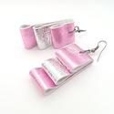 Ezüst-fényes rózsaszín bőr fülbevaló, Ékszer, Fülbevaló, A fülbevaló valódi olasz bőrből készült saját tervezéssel, kivitelezéssel.  Színe: ezüst..., Meska