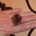 Pihe-puha barna pom-pom gyűrű, Ékszer, Gyűrű, Pihe-puha barna-mustár-réz színű pom-pom gyűrű.  Igazán egyedi, ez nem jön szembe az utcán! Nagyon b..., Meska