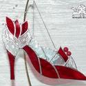 Hamupipőke Üvegcipő piros, Tiffany technikával, üvegből készültek a Hamu...