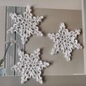 Horgolt karácsonyi csillag, Fehér pamutfonalból horgolt karácsonyi csillag....