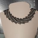 Fekete-arany nyaklánc, Ékszer, óra, Nyaklánc, Ékszerkészítés, Gyöngyfűzés, Fekete és aranyszínű cseh kásagyöngyből fűztem ezt a diagonál mintájú nyakláncot. Mintája egyszerű,..., Meska