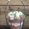 Rusztikus asztali dísz, Terrakotta virágcserép, fémvázában.  ø 100 x...