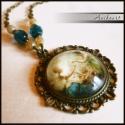 Romantikus nyaklánc vintage mintával, A nyaklánc medálja antikolt bronz alapon készü...