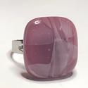 Pasztellrózsa, Ékszer, Gyűrű, Négyzet formájú, többrétegű üveg összeolvasztásával készülő egyedi termék. Mérete~2,5..., Meska