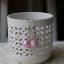 Rózsaszín gyöngy fülbevaló, Ékszer, Fülbevaló, Egyszerűségével hívhatja fel magára a figyelmet, ez a fülbevaló. , Meska