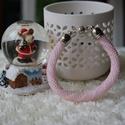 Rózsaszín fehér gyöngy karkötő, Ékszer, Karkötő, Gyöngyfűzés, Figyelmedbe ajánlom ezt a vidám, de mégis elegáns gyöngyhorgolással készült karkötőt. A karkötő hos..., Meska