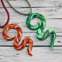 AKCIÓ!! Két kígyó medál egy áráért, sárga és zöld, Ékszer, óra, Medál, Nyaklánc, Egy medál áráért, mely 1400ft két medál kapható. Hőre keményedő gyurmából készült, hossza sárga 5cm ..., Meska