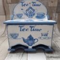 Teafiltertartó,teásdoboz 2 fakkos kék-fehér teáskanna és teáscsésze mintával, Konyhafelszerelés, Otthon, lakberendezés, Tárolóeszköz, Doboz, Decoupage, transzfer és szalvétatechnika, Festett tárgyak, 2 fakkos teafiltertartó,teás doboz dekupázs technikával díszítve.Lakkozva van,nedves ruhával letörö..., Meska